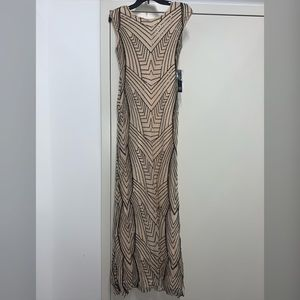 Sequined cream/black fitted dress